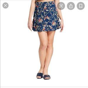 XHILARATION floral navy skirt